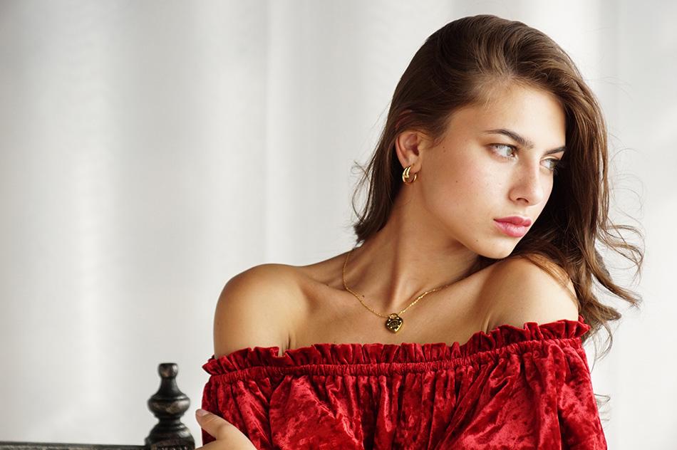 Серьги Cartier Juste un Clou и подвеска Love Tiffany CR-47449