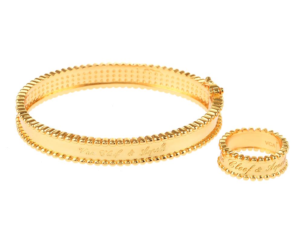 Комплект браслет и кольцо Van Cleef Arpels коллекция Perlée signature VC-80483