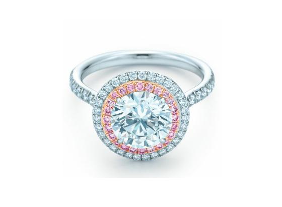 Серьги Chanel, кольцо Tiffany, платок Louis Vuitton арт. CHT-138566