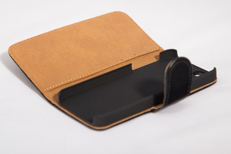 Чехол для IPhone 5 и 5S арт. 578